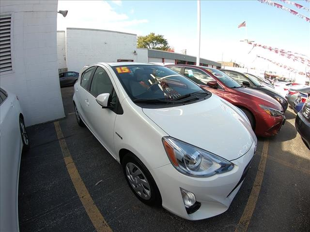 Certified Pre-Owned 2015 Toyota Prius c ONE
